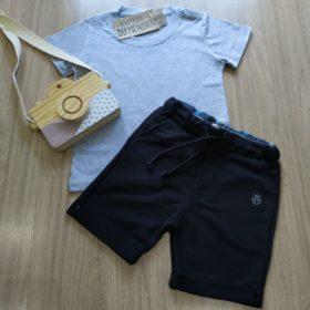 Conjunto Infantil bermuda preta camiseta cinza